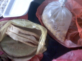 Chinese pancake (fillings: sweet corn and peanuts , pulut hitam and coconut). Steamed chick peas in the clear bag; those are big and yummy!
