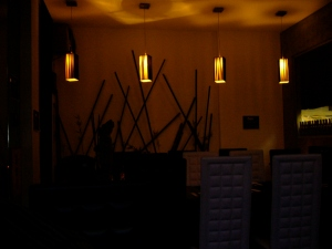 another view of restaurant interior (taken with night scene-this is more like the actual view)