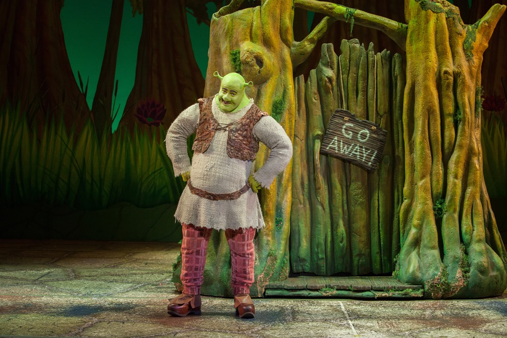 Big_Bright_Beautiful_World_with_Perry_Sook_as_Shrek_L_vR